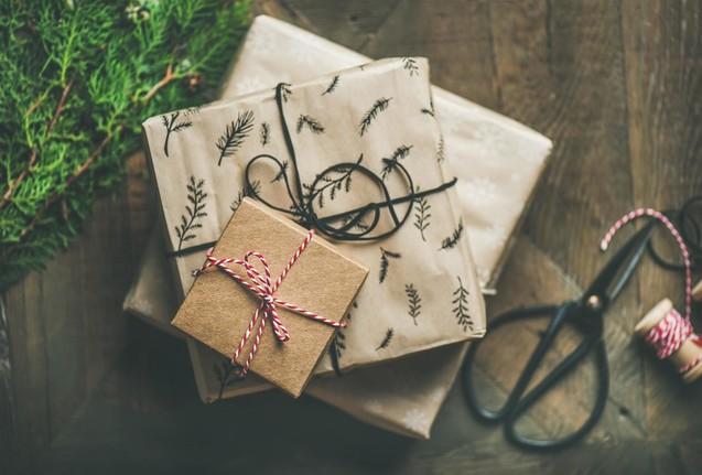 Toivotamme oikein mukavaa joulunaikaa ja onnellista uutta vuotta!